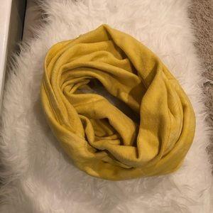 Oiselle infinity scarf